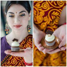 #StyledShoot Indische Inspiration mit #SweetTable der #Schnabulerie in Zusammenarbeit mit #HellBuntEvents, Behind the lens: #MarieBleyerFotografie #cupcake Cupcakes, Desserts, Inspiration, Food, Style, Tailgate Desserts, Biblical Inspiration, Swag, Deserts