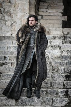 "All the Photos From Game of Thrones Season 8 : Jon Snow in Game of Thrones Season Episode ""The Iron Throne"" Game Of Thrones Photos, Game Of Thrones Ending, Game Of Thrones Series, Game Of Thrones Facts, Game Of Thrones Funny, Game Of Thrones Cosplay, Kit Harington, Jon Snow Et Daenerys, Jon Schnee"