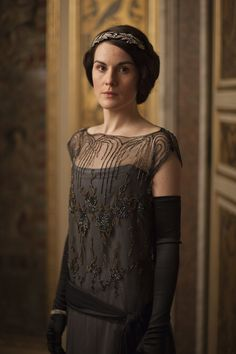 Michelle Dockery as Lady Mary Crawley inDownton Abbey (TV Series, 2013).