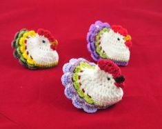 Crochet pattern Easter Crochet Chicken by Zofija by Zofija on Etsy Easter Crochet Patterns, Crochet Birds, Easy Sewing Patterns, Crochet Flowers, Crochet Simple, Free Crochet, Chicken Pattern, Crochet Chicken, Chicken Crafts