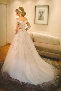 White Wedding Dresses,Long Sleeves Wedding Gown,Lace Wedding Gowns,Ball Gown Bridal Dress,Princess Wedding Dress,Beautiful Brides Dress,Romantic Wedding Gowns