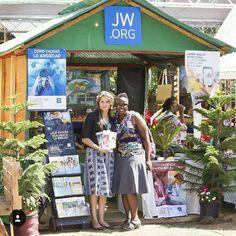"2,763 Likes, 35 Comments - JW Public Witnessing (@jw_public_witnessing) on Instagram: ""Jarabacoa, Dominican Republic. Thank you @lolamndz #jw #jwonly #jwfriends #jwfamily #jwpreaching…"""