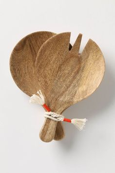 Paddle Salad Servers Scoop up hearty servings of leafy greens with this round, chunky mango wood set. Carved Spoons, Bois Diy, Wood Spoon, Wooden Kitchen, Wabi Sabi, Wood Turning, Woodworking Crafts, Kitchen Gadgets, Wood Art