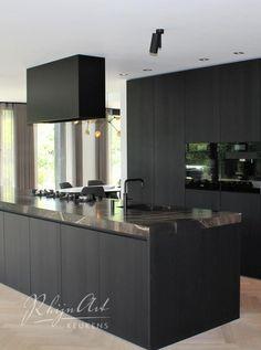 Projecten | RhijnArt Keukens uit Kesteren Open Plan Kitchen Living Room, Kitchen Room Design, Studio Kitchen, Home Room Design, Modern Kitchen Design, Kitchen Interior, Interior Design Living Room, House Design, Kitchen Decor