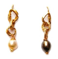 Love this! | Mixed pearl earrings | Fair mined Gold | GoLDFABRIK - Fairtrade & Fairmined Designer Jewelry