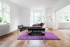 Pia Wallén vardagsrum gamla enskede fastighetsmaklare