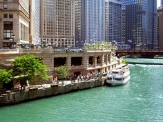 Chicago Travel Guide | Architectural River Cruises Chicago