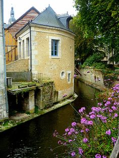 Vieille Ville de Vendôme 99 © French Moments   by French Moments