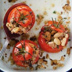 Baked Tomatoes with Tuna, White Beans and Bread Crumbs!  #savory #tuna #tomatoes #summerdish #dinner