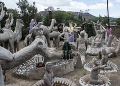 Helen Martin's Owl House in Nieu Bethesda All About Africa, Garden Sculpture, Lion Sculpture, Hiking Photography, Off Road Adventure, Owl House, Outsider Art, Africa Travel, How To Introduce Yourself