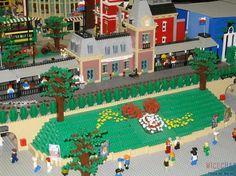 Legos Disney´s entrance
