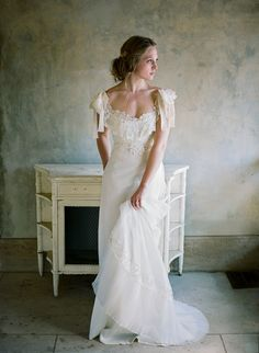 Vintage bride wearin