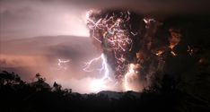 This is INSANE, terrifying and SO cool! Chaiten volcano, Chana, Chile. Picture taken May 2, 2008 taken by Carlos Gutierrez