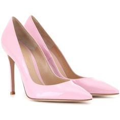 Gianvito Rossi Gianvito 105 Patent Leather Pumps ($685) ❤ liked on Polyvore featuring shoes, pumps, heels, saltos, sapatos, pink, pink pumps, patent shoes, gianvito rossi and patent pumps