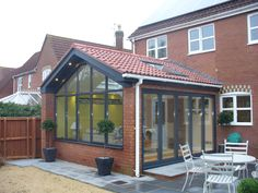 R&R Developments - General Builders Kitchen Diner Extension, Bungalow Extensions, Garden Room Extensions, House Renovation Projects, House Exterior, Flat Roof Extension, Open Plan Kitchen Living Room, Conservatory Design, Sunroom Designs
