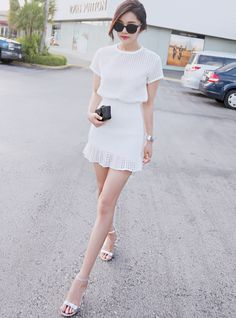 40 Simple And Sexy Korean Fashion Looks Korean Fashion Summer, Korean Fashion Trends, Korean Street Fashion, Korea Fashion, Japanese Fashion, Asian Fashion, Look Fashion, Trendy Fashion, Girl Fashion