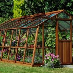 Best Garden Shed Plans Construction Green Houses 33 Ideas Backyard Greenhouse, Greenhouse Plans, Greenhouse Wedding, Glass Green House, White Clematis, Garden Structures, Plantation, Growing Flowers, Shed Plans