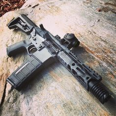 """@specialopstactical So incredibly """"Wicked"""" Our DISINTEGRATOR (5.9"""" Siphon 556) w/ our Titanium BUZZSAW @magpul SLK stk @aimpointusa Micro T-1 @strikeindustries_si Dust Cover Pins @armaspecusa #"""