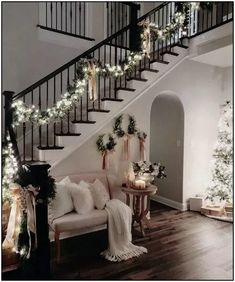 36 Most Popular Living Room Colors Ideas - Inspiration to Beautify Your Living Room 2730 : ? 36 Most Popular Living Room Colors Ideas - Inspiration to Beautify Your Living Room 2730 Christmas Entryway, Cozy Christmas, Christmas Holidays, Elegant Christmas, Rustic Christmas, Christmas Living Room Decor, Christmas Ideas, Christmas Cookies, Christmas Design