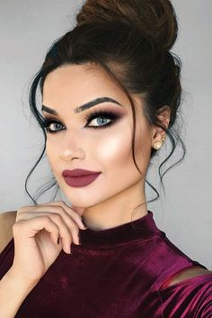 Romantic Hair and Makeup Ideas to Try This Valentines Day ★ See more: http://glaminati.com/hair-and-makeup-ideas-valentines-day/
