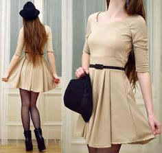 This clean beige look should be great for christmas eve. I think I found my outfit. Night Outfits, Spring Outfits, Fashion Outfits, Women's Fashion, Beige Dresses, Short Dresses, Beige Wedges, Beige Shorts, Boating Outfit