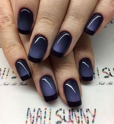 10 Fabulous Ombre Nail Art Designs: #1. Navy and Black