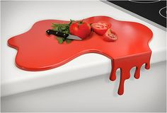 Who said chopping board has to be square and clean? Bring some live to your kitchen. SPLASH CHOPPING BOARD