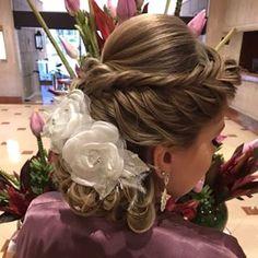 Discover penteadossonialopes's Instagram SÃO PAULO/SP devido à grande procura 😱 no Curso Master em Penteados do mês de Setembro, abrimos uma turma extra: ✨Dias 12 e 13 de Setembro/2017 São Paulo/SP ✨ - Não perca! Garanta já a sua inscrição! ❤️ #PenteadosSoniaLopes ✨ . . . #sonialopes #cabelo #penteado #noiva #noivas #casamento #hair #hairstyle #weddinghair #wedding #instabeauty #beauty #penteados #novia #tranças #inspiração #tutorial #tutorialhair #lovehair #videohair #curl #curls #ca...