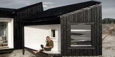 UTEPLASS: En av de lune uteplassene i hytta på Fosen.