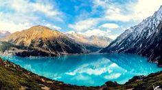 Znalezione obrazy dla zapytania high mountains and lake