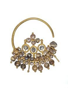 Crescent Earring  Byzantine  First half 10th century  7.2 cm x 5.7 cm (2 13/16 in. x 2 1/4 in.)  gold with pearls