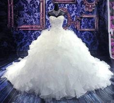 Tiered White Organza Appliques Train Beads Bride Wedding Dress Customize 2-18+ Now this would be a Catching Fire dress!