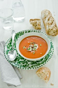 styling: love how the green plate ads beautiful color to this soup!