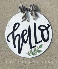 hello door hanger // year round door hanger // black + white with greenery - fortheglorydesigns on Etsy Wooden Door Hangers, Wooden Doors, Wooden Signs, Diy Home Crafts, Arts And Crafts, Round Door, Hand Painted Signs, Front Door Decor, Wooden Crafts