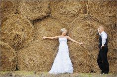 Hay Bale Wedding | Wedding pic with round hay bales. #bride #groom | Wedding ideas