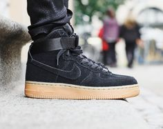 Rezet Store - Womens sneakers - Nike - Nike - Air Force 1 Hi Suede Wmns