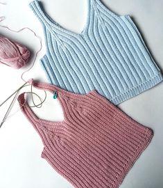 Вслед за голубым настал черёд пыльного розового #вязаныйтоп Crochet Bra, Crochet Blouse, Crochet Clothes, Diy Clothes, Crochet Summer Tops, Crochet Crop Top, Knitting Designs, Crochet Designs, Crochet Top Outfit
