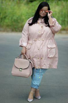Russian Plus-size Girls: Pink Quartz