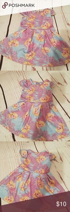 Frozen Disney dress Good condition size 18 months, beautiful pastel colors. Disney Dresses