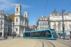 Le tramway de Besancon - ÉTHIC ÉTAPES CENTRE INTERNATIONAL DE SÉJOUR DE BESANCON - http://www.ethic-etapes.fr/les-destinations/besancon_centre_international_de_sejour_de_besancon.77.22.html
