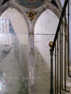 Elise Valdorcia via ahouseromance.blogspot.com