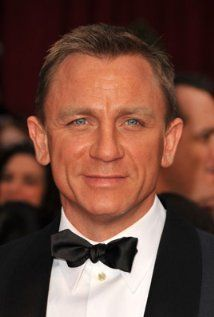 Daniel Craig was born on March 2nd, 1968 in Chester, Cheshire, England, UK - IMDb
