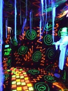 Blacklight Room More Rave Bedroom Blacklight Rms Blacklight Room