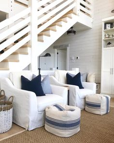A relaxing coastal vibe in this space by Great play A relaxing coastal vibe in this space by Great playroom idea for younger OR older kids too! The post A relaxing coastal vibe in this space by Great play appeared first on Architecture Diy. Coastal Bedrooms, Coastal Living Rooms, Cottage Living, Coastal Cottage, Home Living Room, Coastal Rugs, Coastal Farmhouse, Coastal Decor, Country Living
