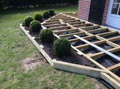 The Tools Needed When Laying Decking Diy Deck, Diy Pergola, Backyard Patio Designs, Backyard Landscaping, Deck Planters, Laying Decking, Deck Construction, Ideias Diy, Building A Deck