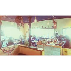 Instagram【pinkman_2008】さんの写真をピンしています。 《「good day cafe」 @yutayamauchi_studiosuns  #okinawa #nature #portrait #animal #wu_japan #photooftheday #beautiful #igersjp #paradise #instagood  #love #oneandonly #lovers_nippon #lookslikefilm #bestjapanpics #beach #sunset #summer #nightview #goodtime #沖縄 #風景 #絶景 #夕日 #夜景 #写真好きな人と繋がりたい #ファインダー越しの私の世界 #おうちごはん #breakfast #2017》