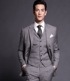 gray suit with coral tie | ... white, with gray, blue, green tie and shirt color coordination