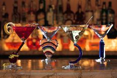 When planning your wedding at The Ritz-Carlton, Tysons Corner, specialty bars are a unique way to tie in your favorite drink. Try Bourbon Bars, Martini Flights, or Local Craft Beer Bars paired with local food.