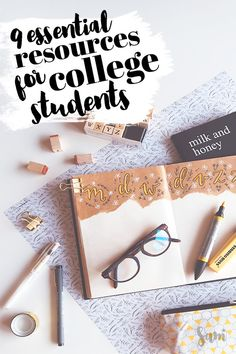 are the 9 essential resources for college students! No matter your budget or experience you need these resources for college students. Many of them are free or have student discounts so you can fit it into your college budget. Girl College Dorms, College Majors, College Classes, Scholarships For College, College Fun, Education College, College Students, Study College, Physical Education