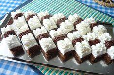 veľmi dobre chutia a skvele vyzerajú Czech Recipes, New Recipes, Cake Recipes, Dessert Recipes, Ethnic Recipes, Yummy Treats, Yummy Food, Sweet Cakes, Sweet Desserts
